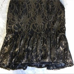 Vince Camuto Tops - Vince Camuto Gold and Black Shimmer Lace Top PM